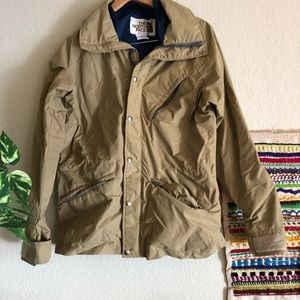 The north face vintage goretex fabric tan jacket